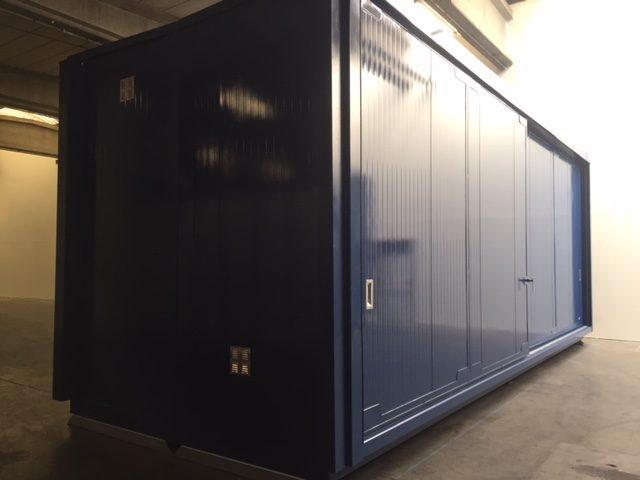 https://opslagcontainers.com/wp-content/uploads/2018/12/Resiplast-Brandwerende-opslagcontainer-8-meter-langs-beide-zijde-schuifdeuren-Totale-stockage-van-32-europallets-640x480.jpg